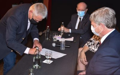 Pavoni rubricó Acta Acuerdo para la creación de la Unidad de Gestión del Acuífero