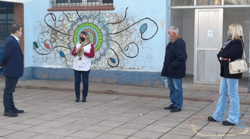 Ministro de Educación pampeano visitó Metileo